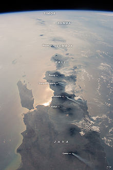 220px-East_Indonesia_Island_Chain_from_ISS